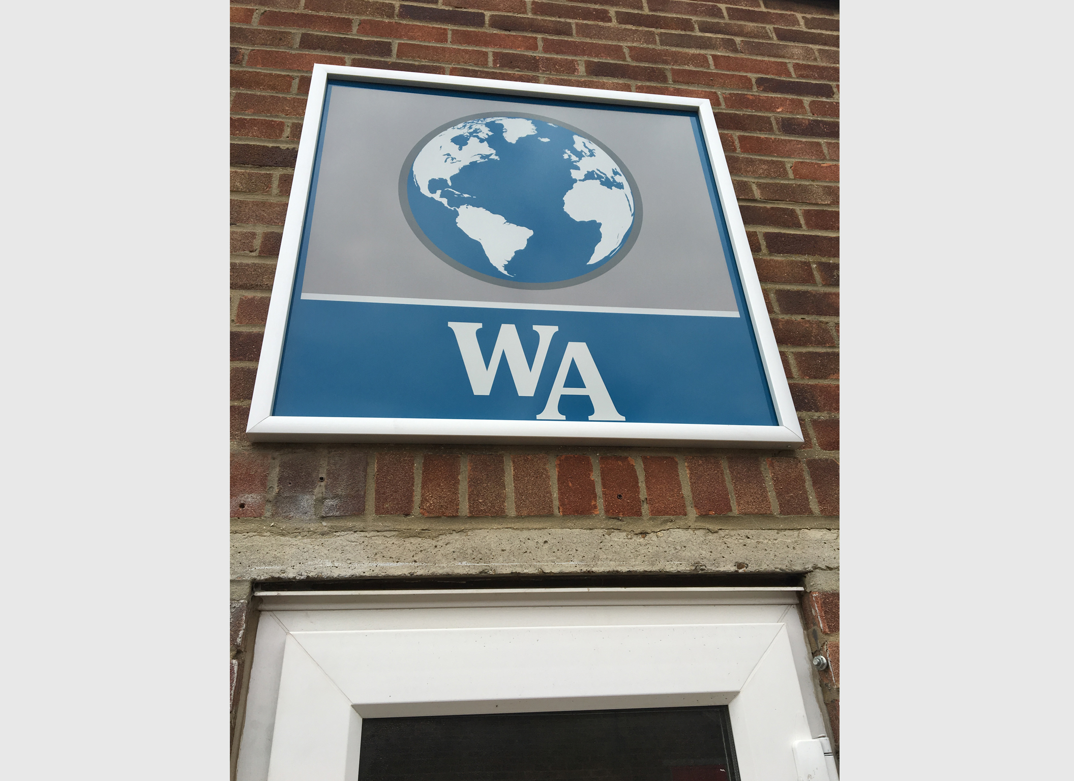 Aluminium Composite Outdoor Signage - Worldwide… | B2B Graphics
