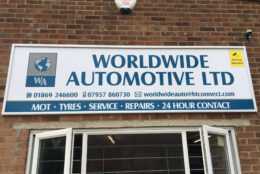 Outdoor Signage Versa Frame Aluminium Composite Worldwide Autos 01